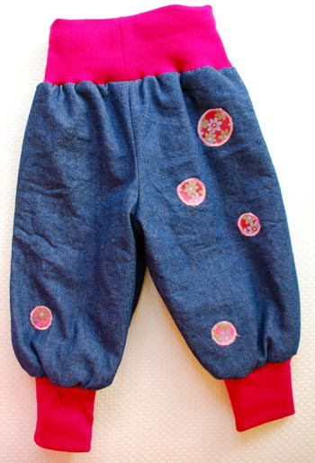 Rosa-Apfelblüten-Jeans-back
