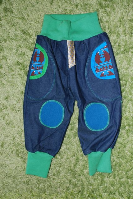 Grünblau Hose mit Bären